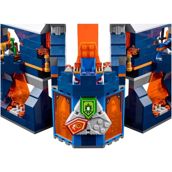 Lego 70357 Nexo Knights Knighton Castle