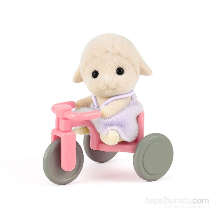 Sylvanian Families Koyun Bebek ve Üç Tekerlekli Bisiklet 4561