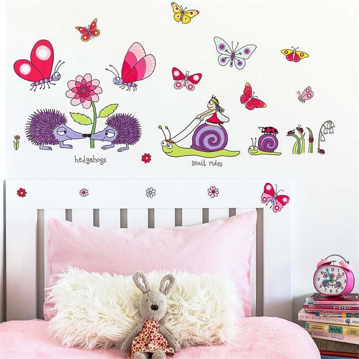 Tyrrell Katz Çocuk Odası için Dekoratif Duvar Çıkartması - Secret Garden